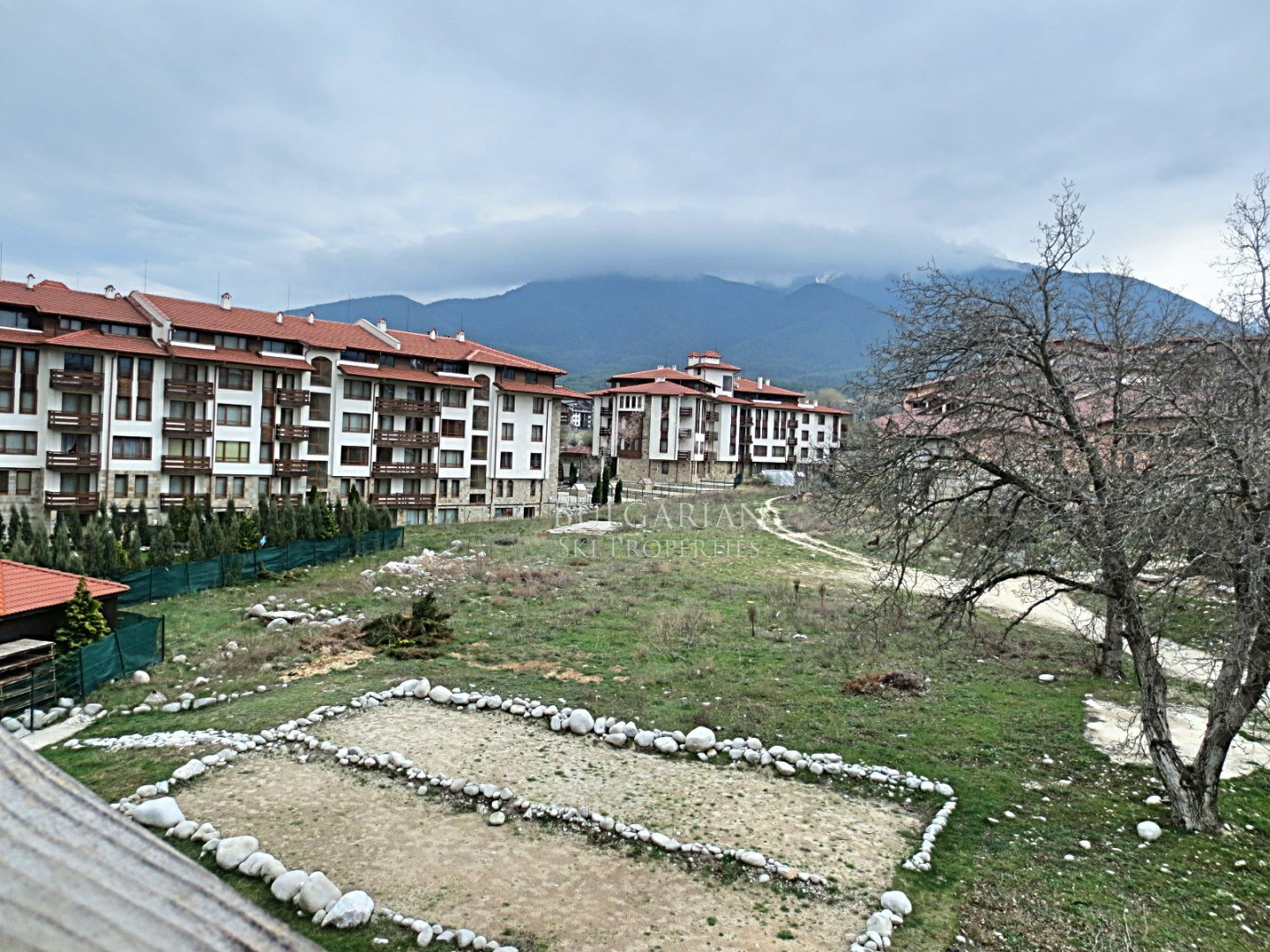 One-bedroom apartment with mountain view for sale in Bansko Royal Towers