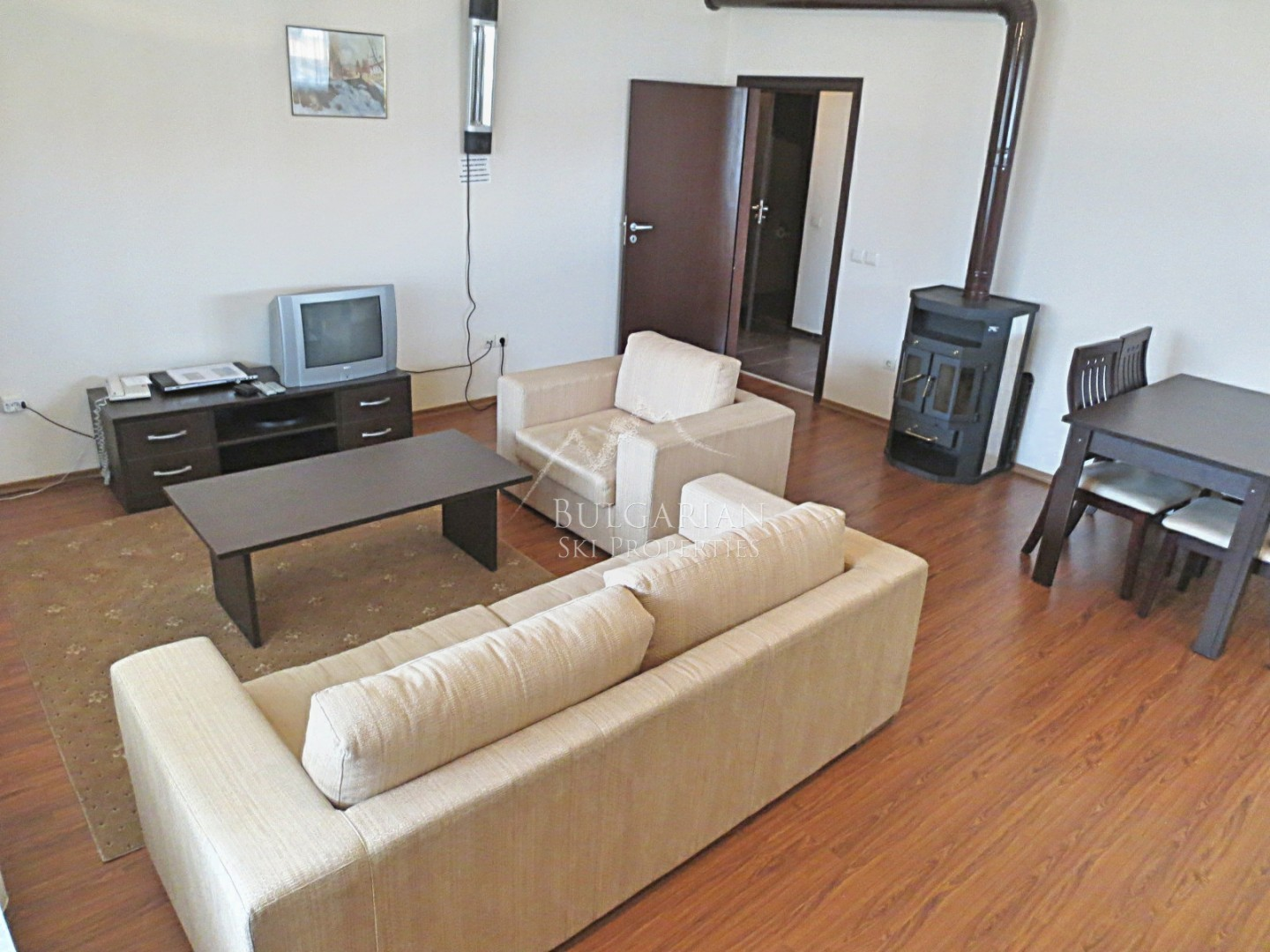Spacious one-bedroom apartment for sale in Bansko Royal Towers