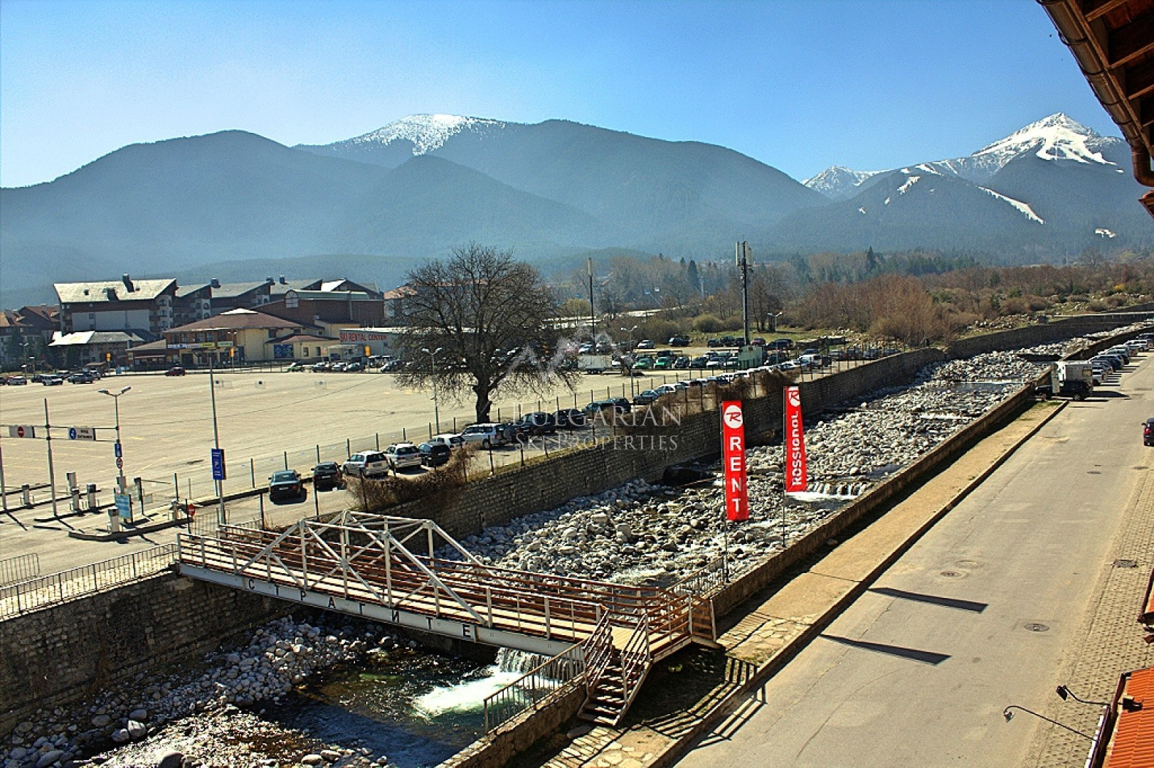 Bansko: furnished one-bedroom apartment for sale next to the ski lift