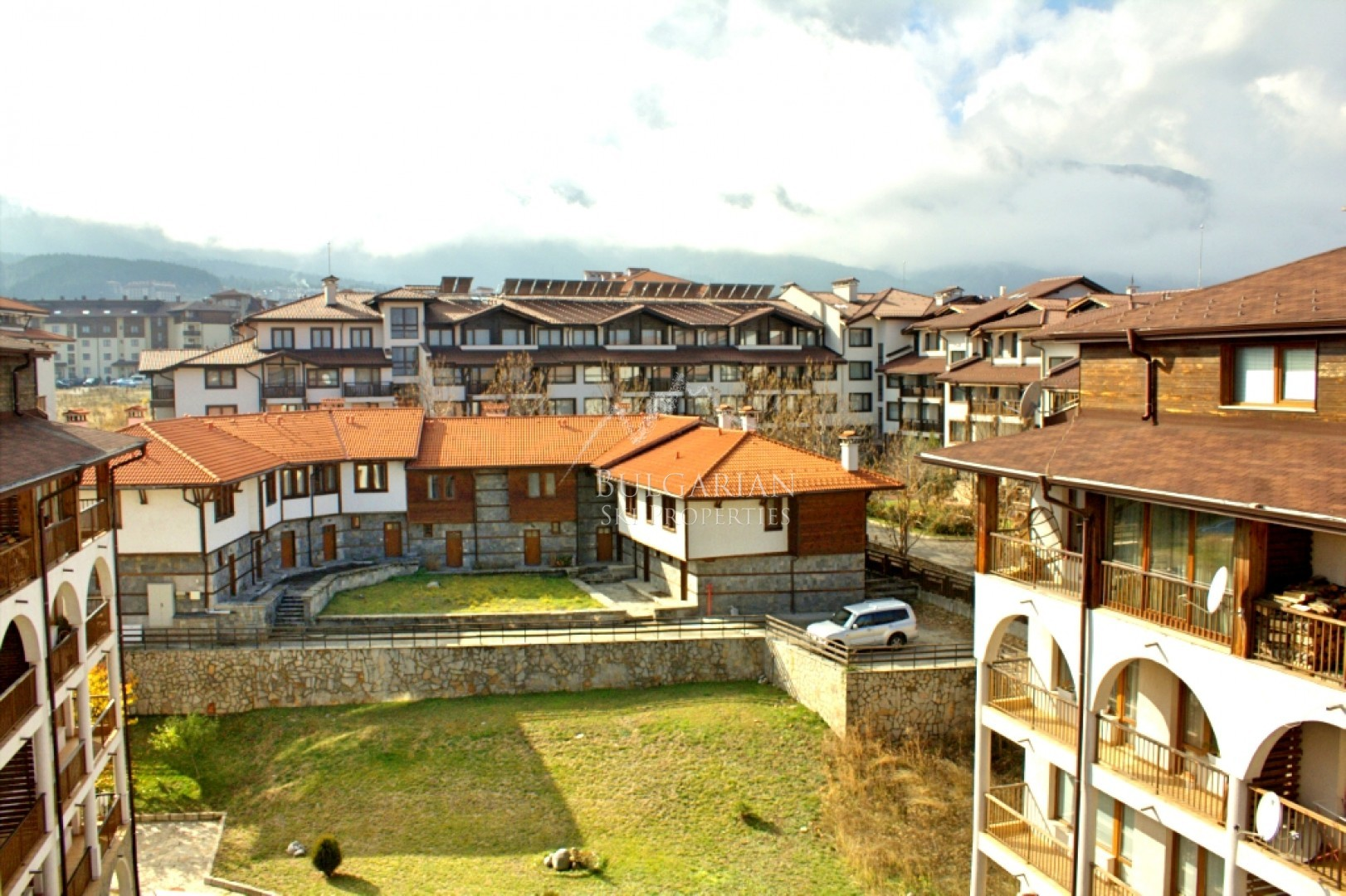 Bansko: furnished two-bedroom apartment for sale in Monastery complex