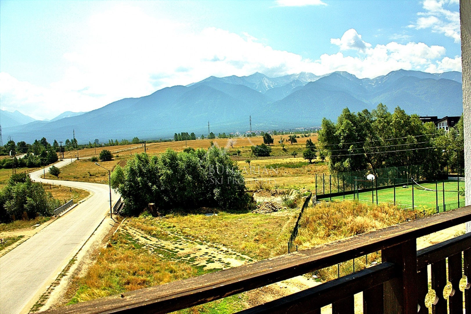 Spacious one-bedroom apartment for sale at 3 Mountains, Bansko