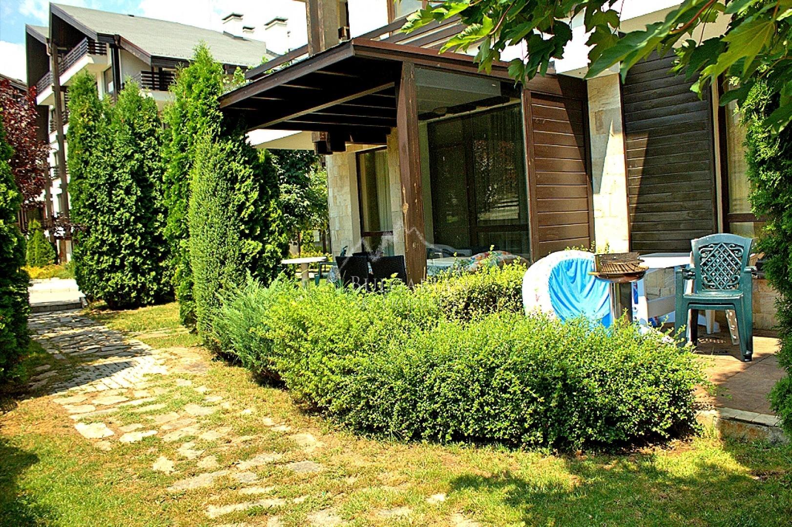 Aspen Suites, Bansko: furnished studio for sale in gated complex