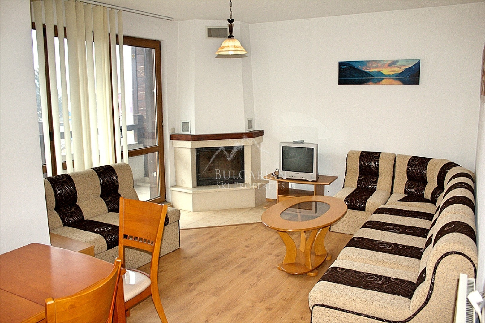 Furnished studio with fireplace for sale in Bansko