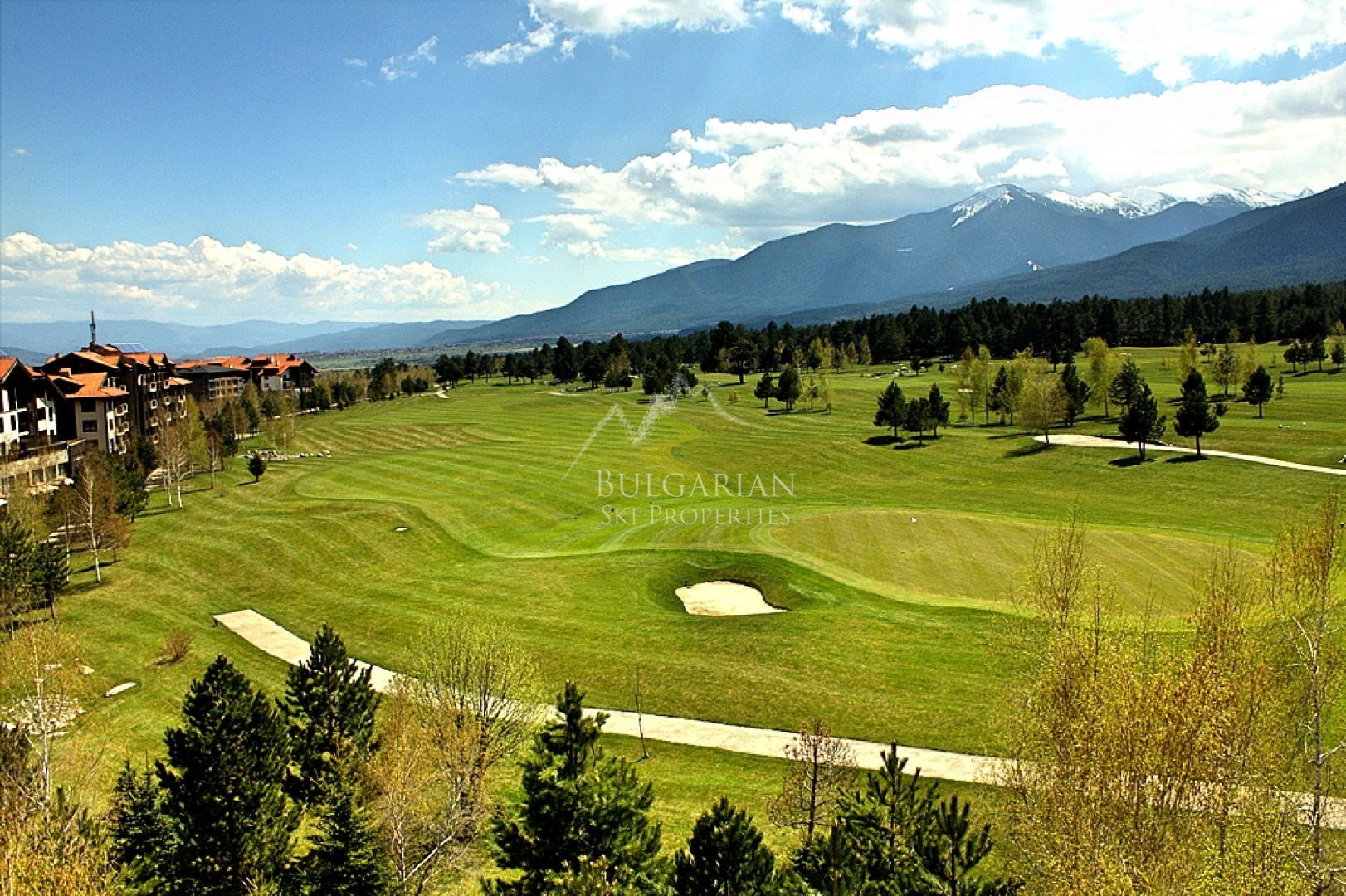Terra Complex, Bansko: panoramic two-bedroom apartment for sale