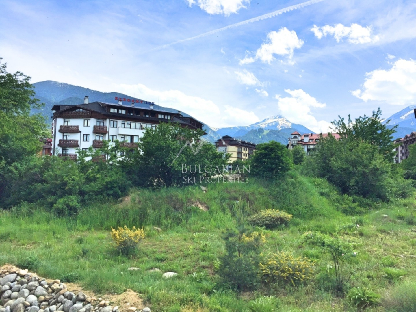Bansko: south facing one bedroom apartment close to Ski lift
