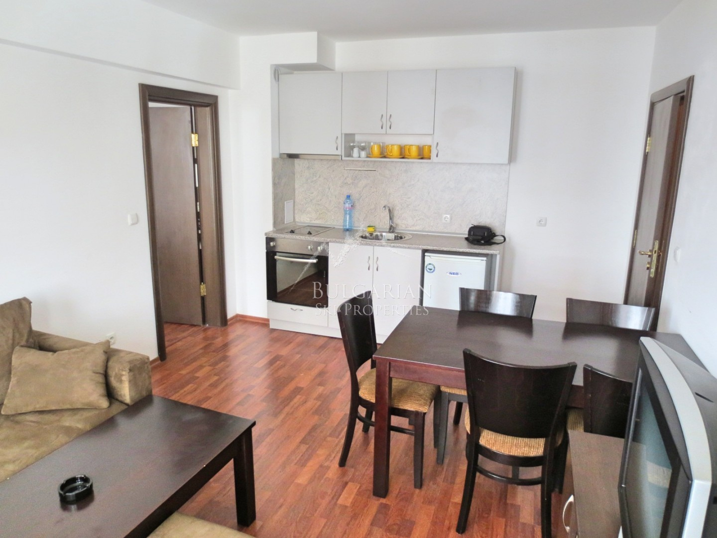 Bargain two bedroom apartment for sale in Bansko