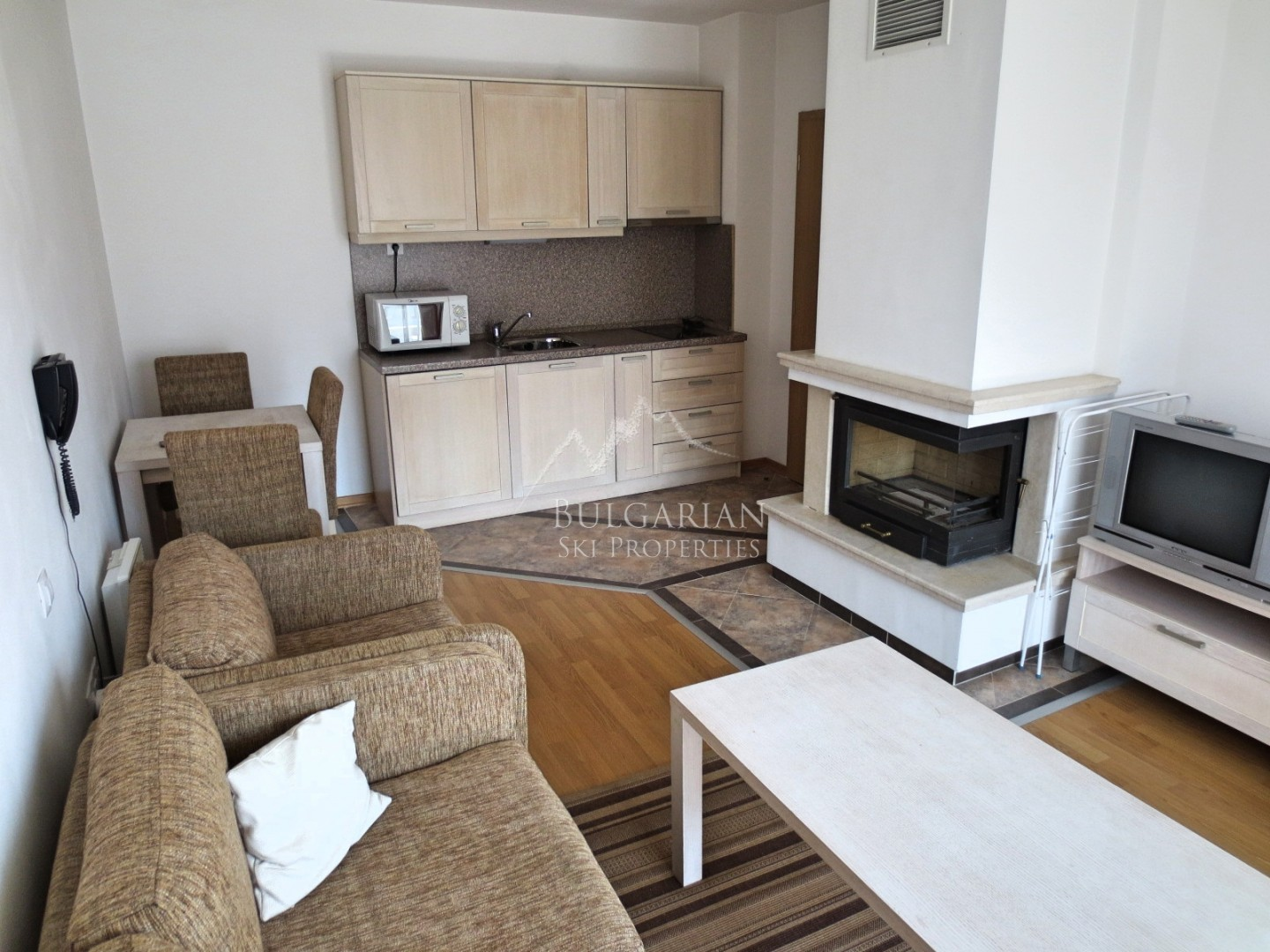 Stylish apartment with fireplace for sale in Winslow Elegance, Bansko