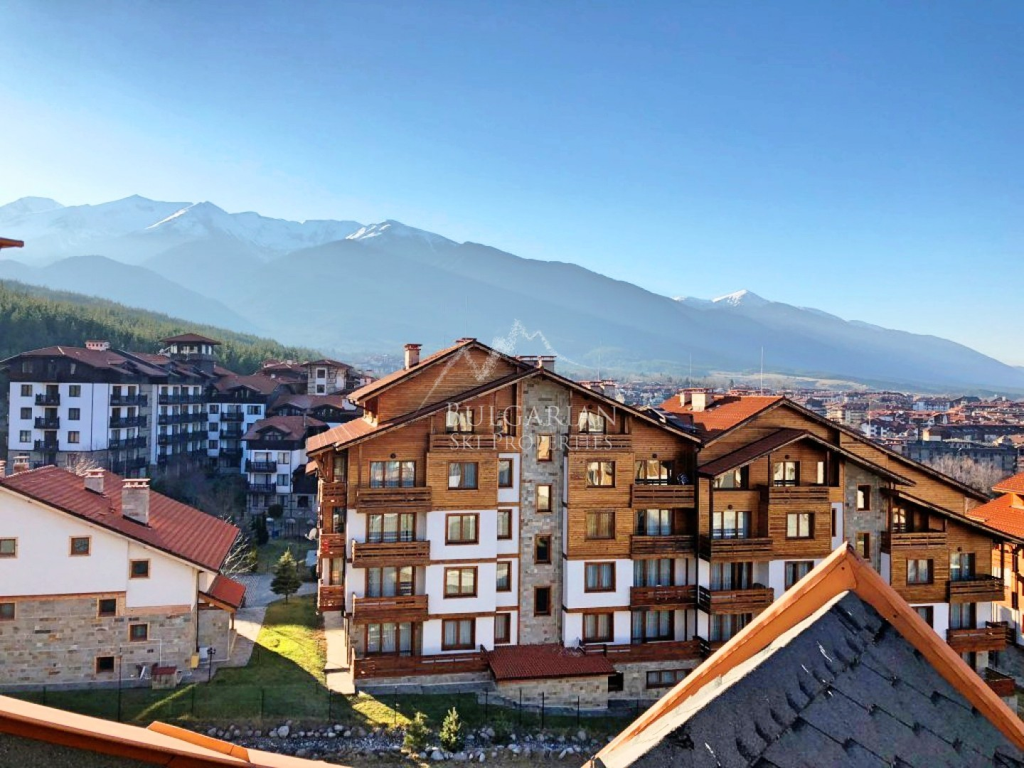 Panoramic two-bedroom apartment for sale in St John Park, Bansko
