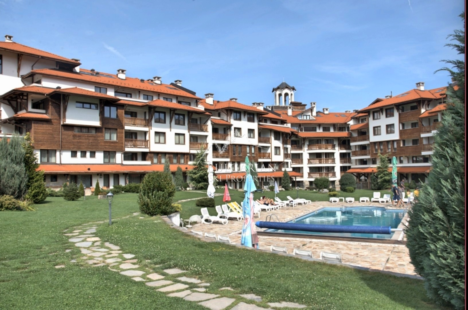 Bansko Royal Towers: south facing one bedroom apartment for sale next to Sk lift
