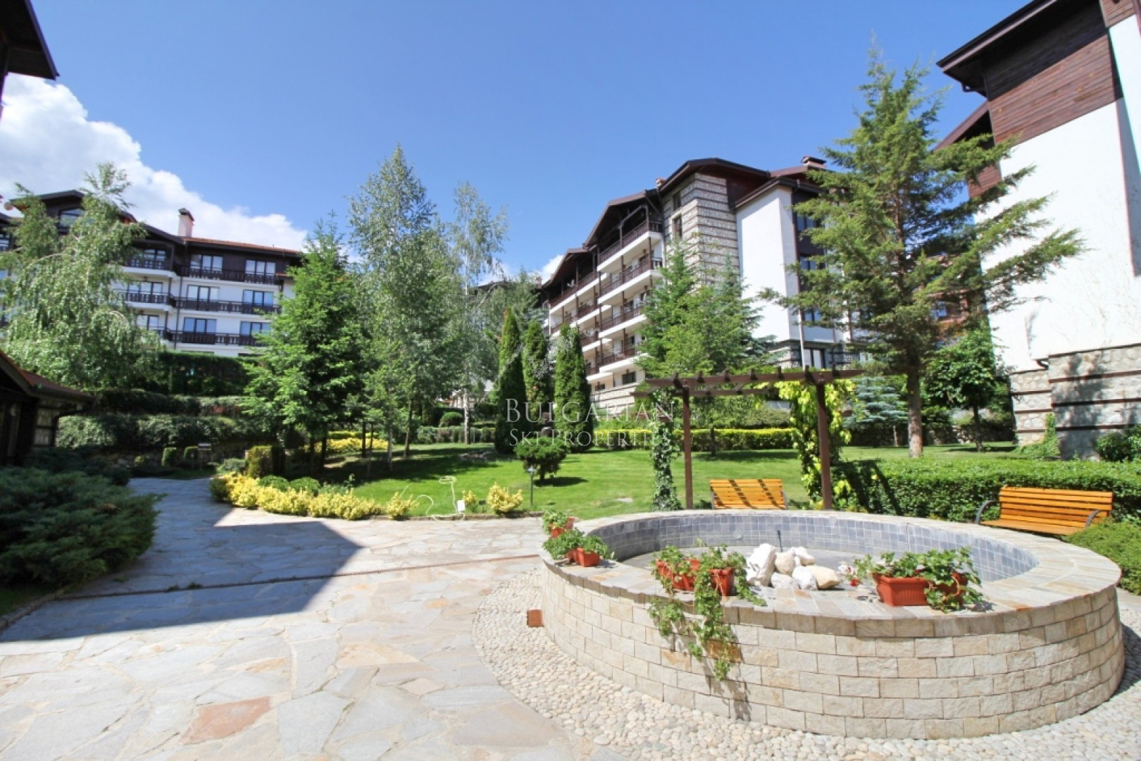 Bansko: south facing studio in Winslow Infinity complex for sale