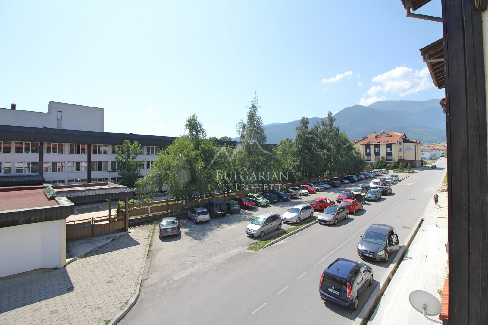 Bansko: furnished one bedroom aprtment for sale next to the park