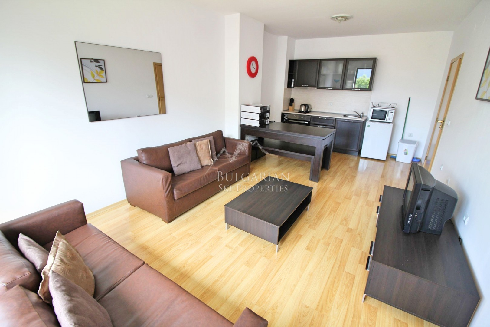 3 Планини, Банско: обзаведен тристаен апартамент за продажба