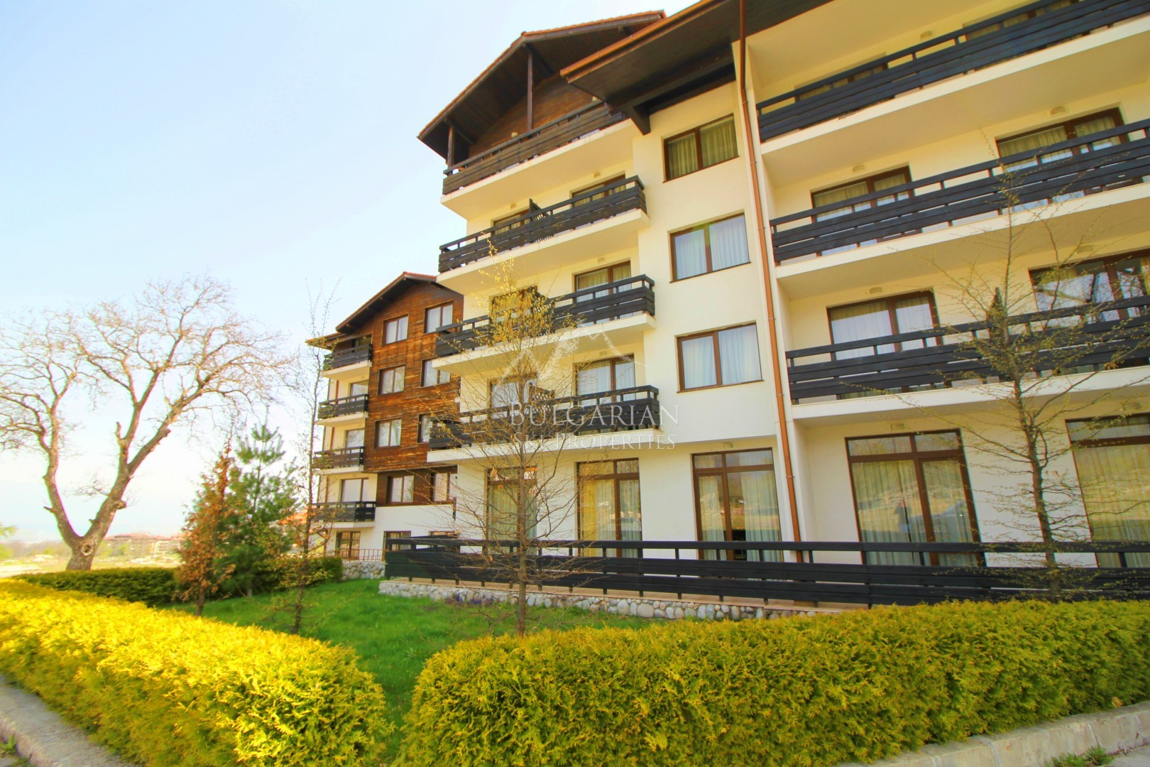 Mountain Paradise: south facing apartment close to the gondola for sale in Bansko