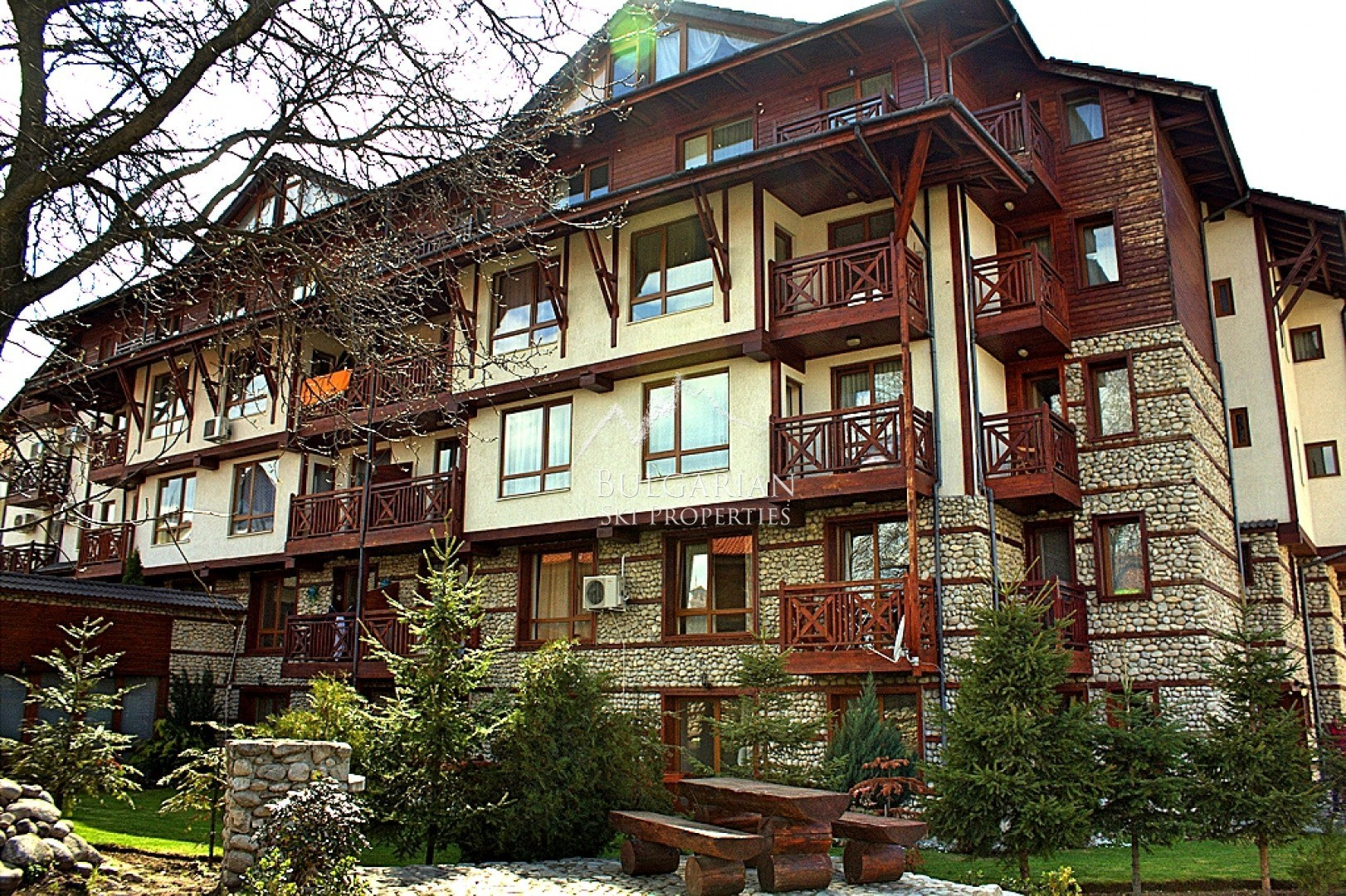 Spacious studio for sale in Snow Legend, Bansko