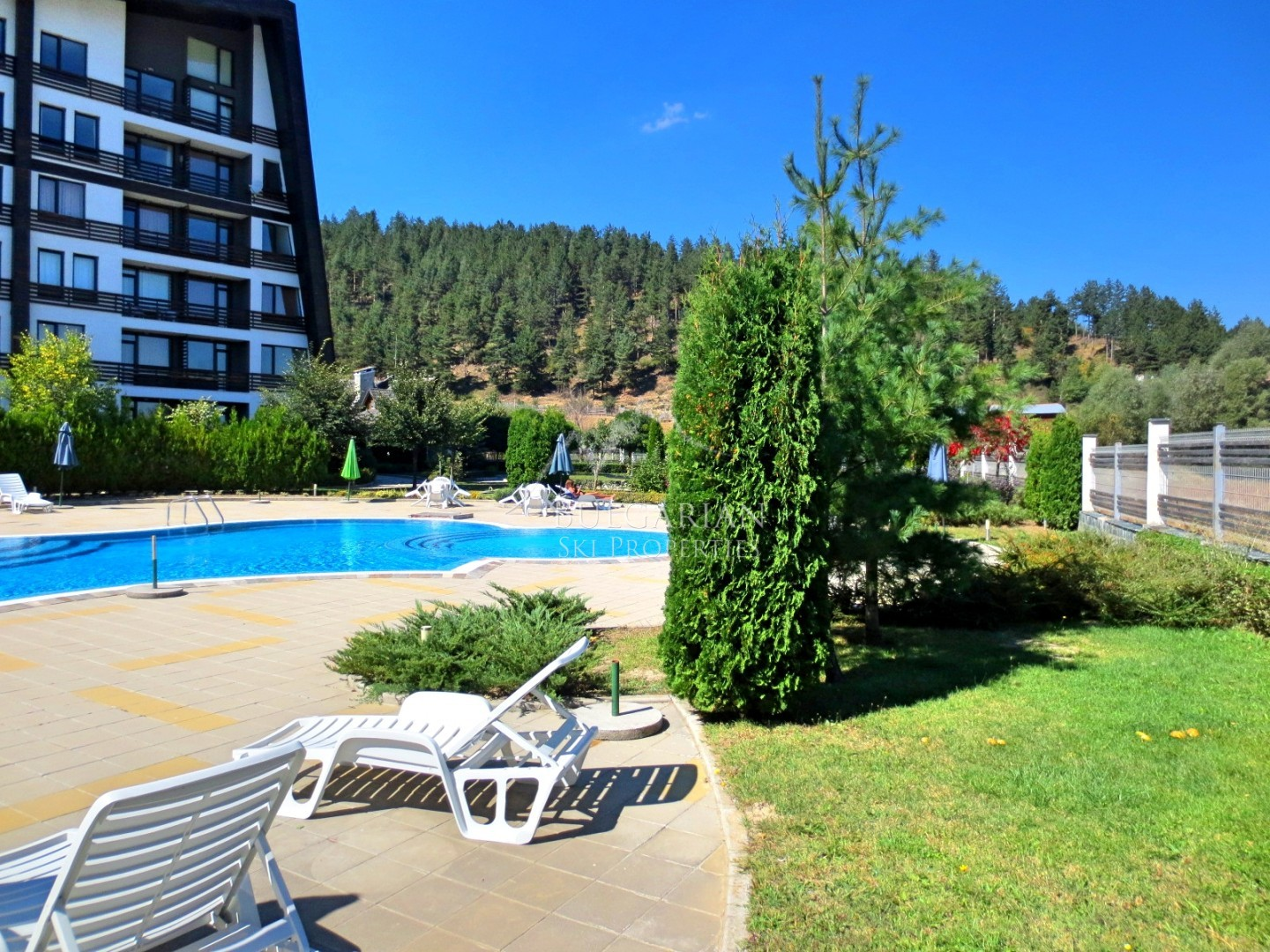 Furnished one-bedroom apartment for sale in Aspen Valley, Bansko
