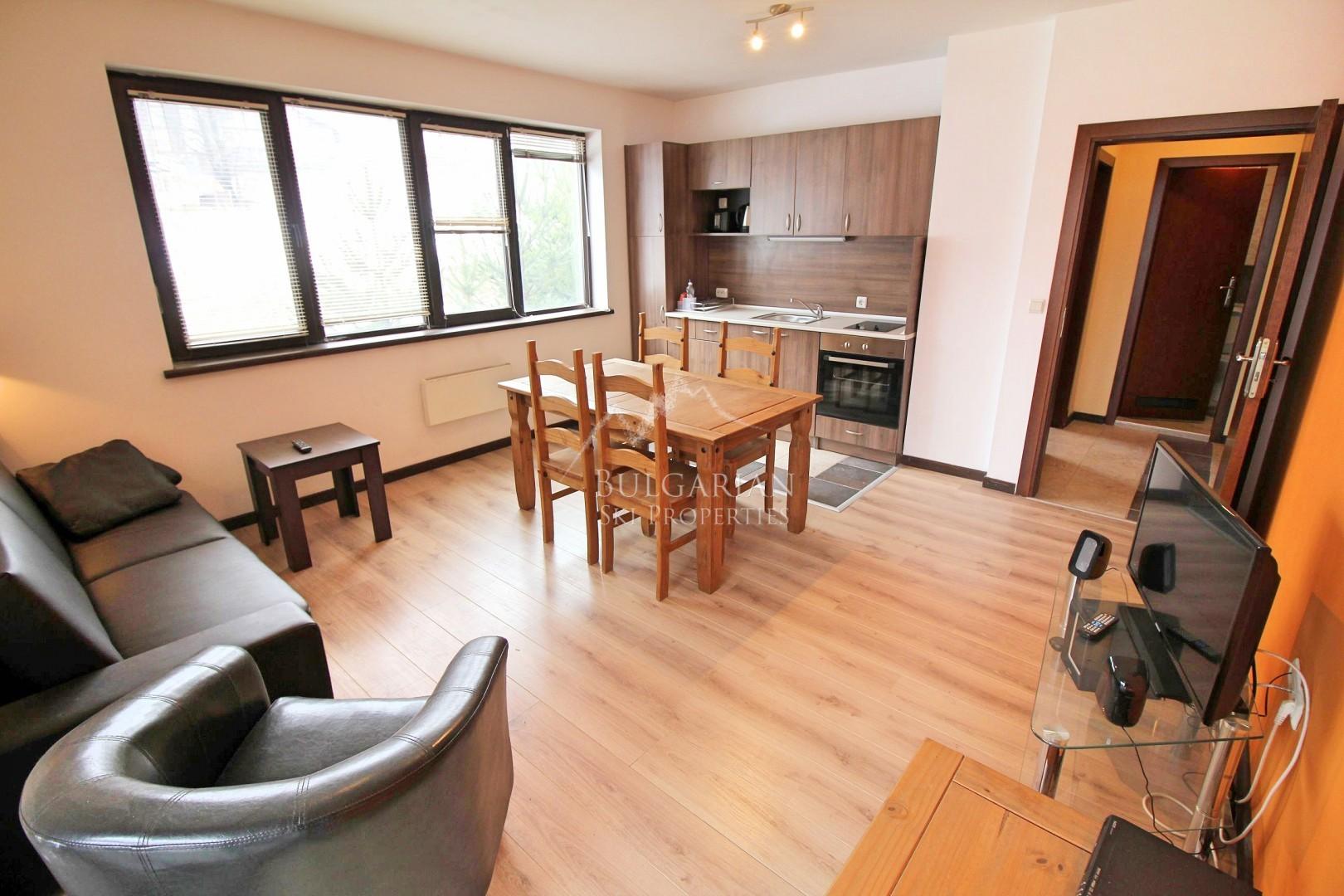 Роял Банско Комплексе: меблированная двухкомнатная квартира на продажи