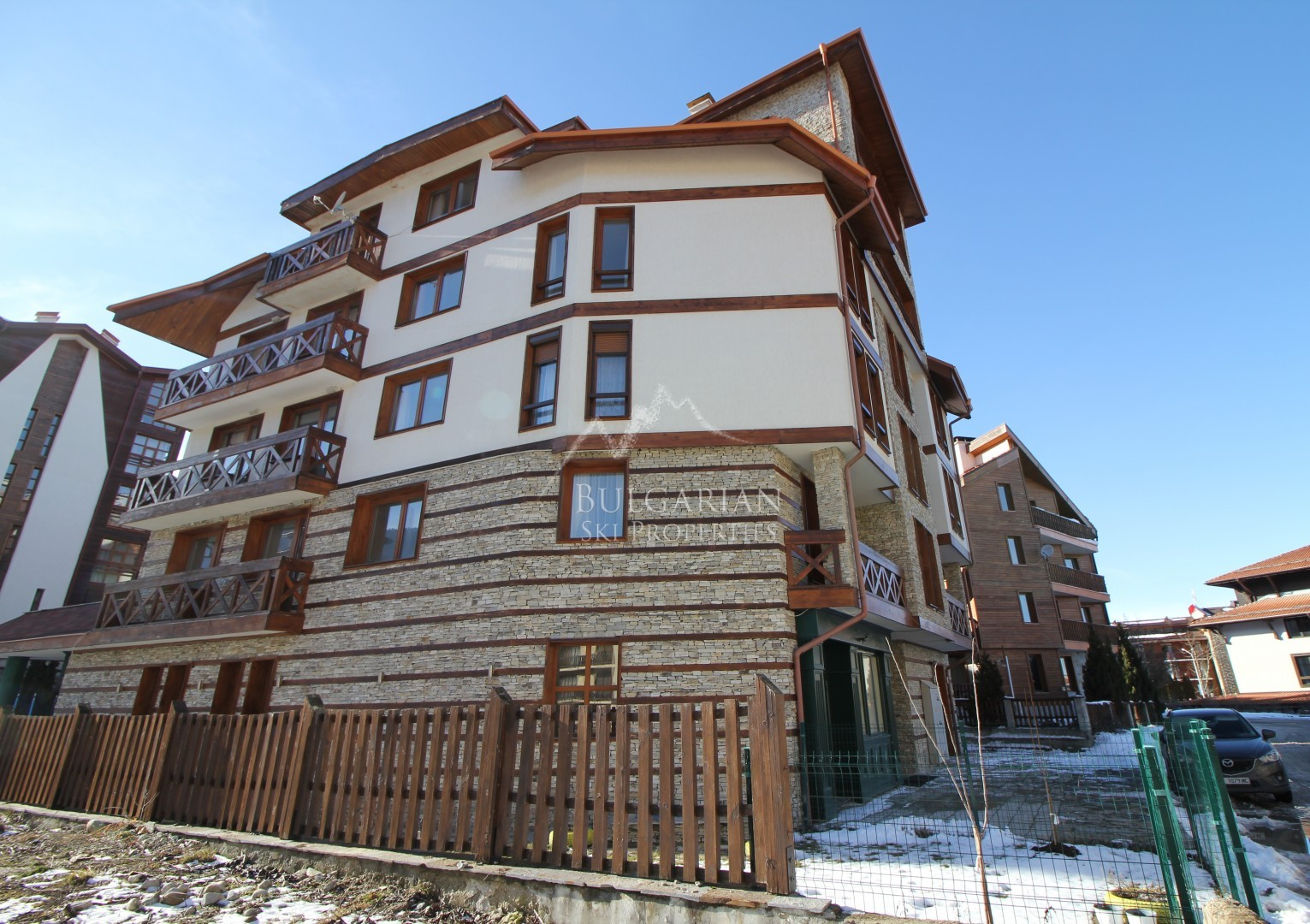 Murphy's Lodge, Bansko: apartment with low maintenance fee for sale