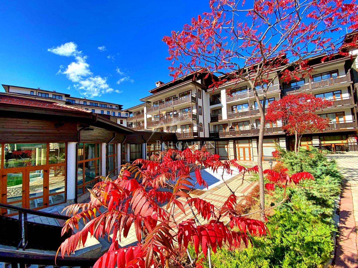 Bansko: spacious one bedroom apartment for sale in Astera complex