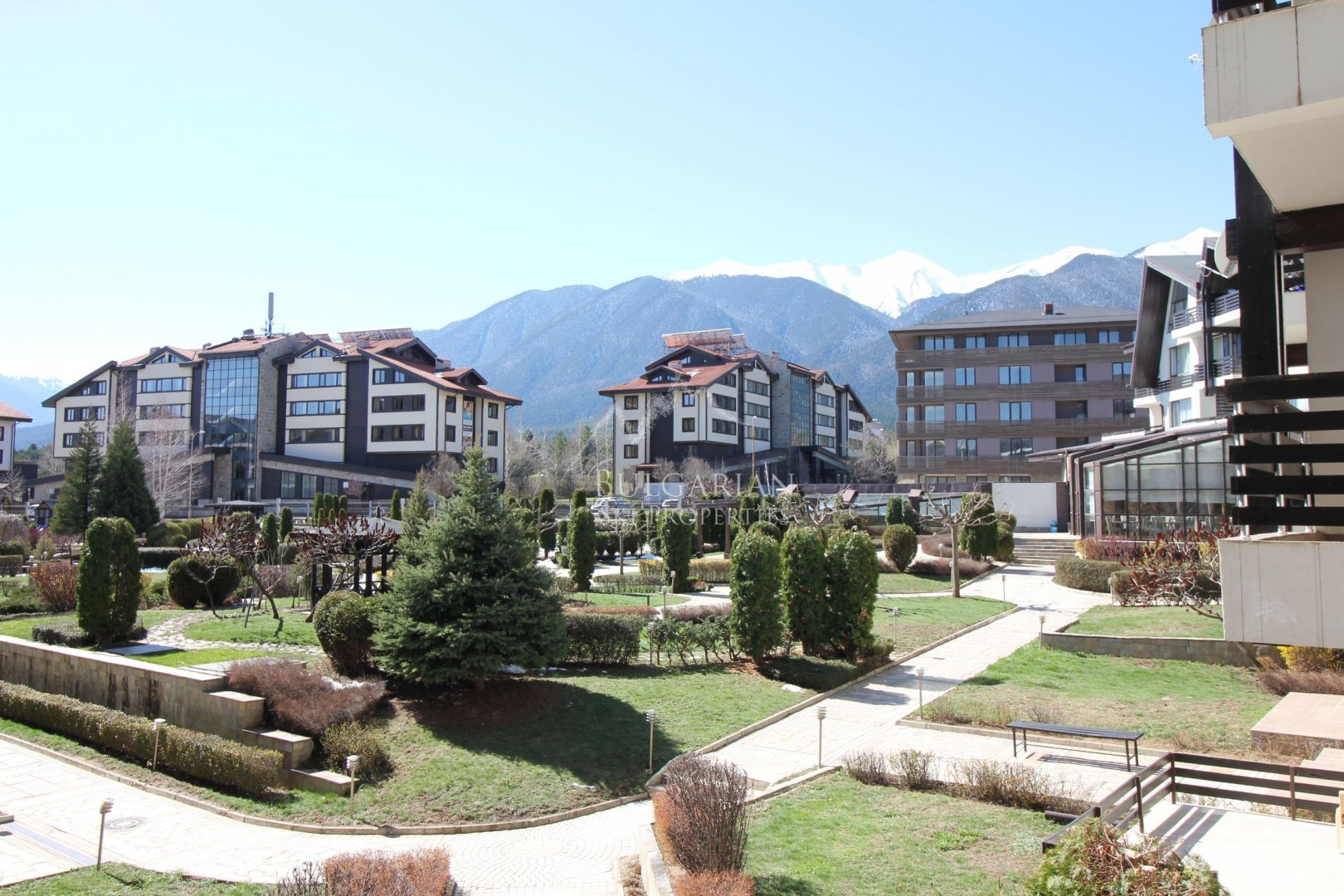 Sunny two-bedroom apartment for sale in Aspen Golf Resort, Bansko