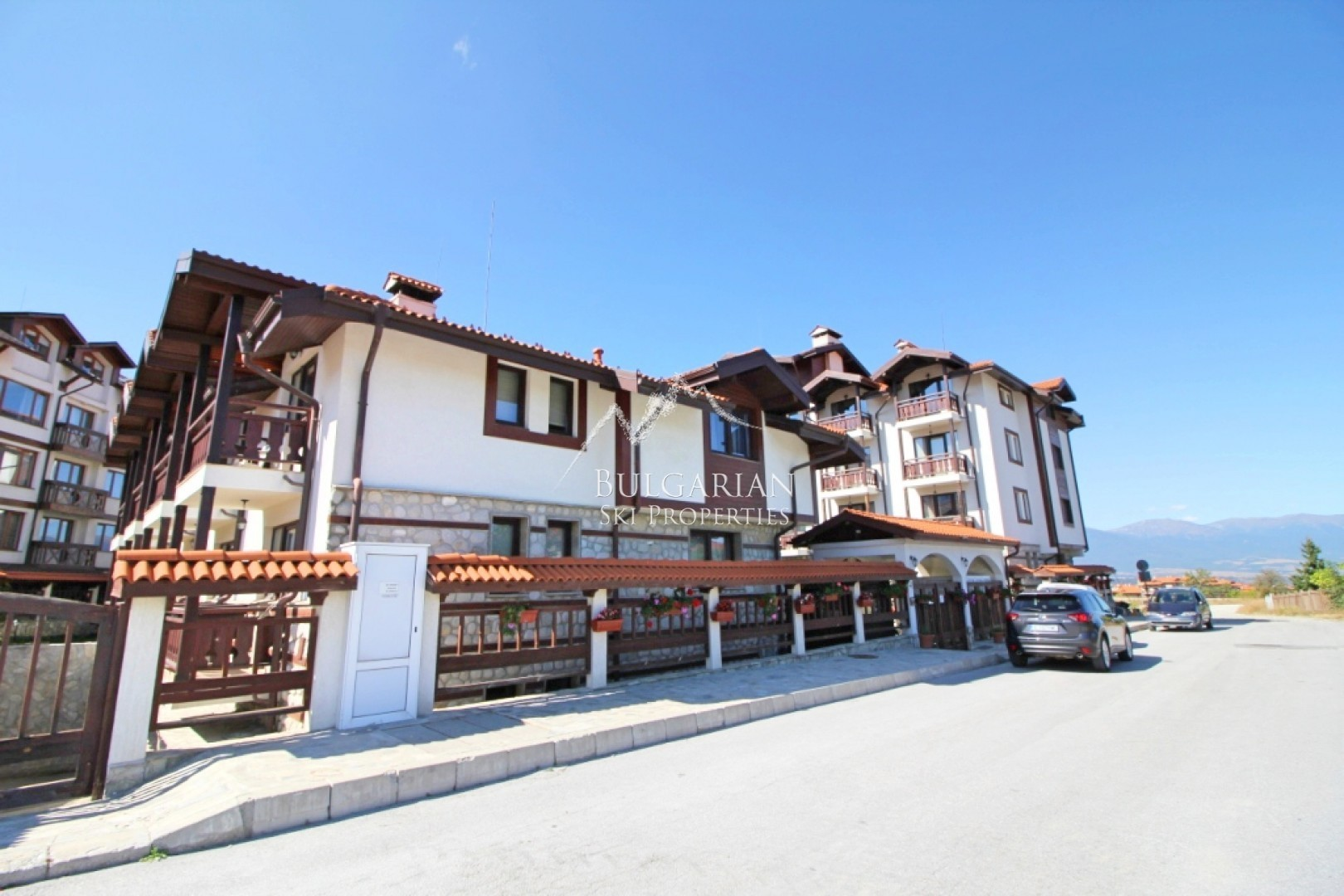 Furnished one-bedroom apartment for sale close to the ski lift in Bansko