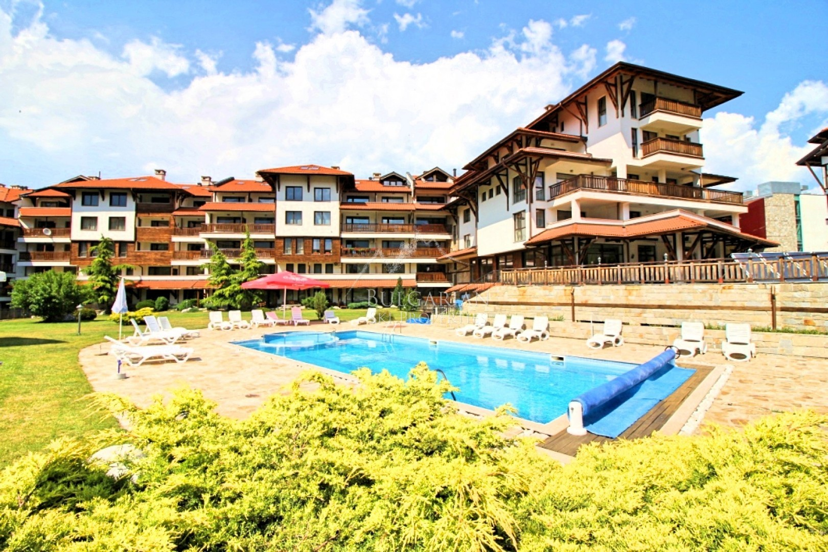 Bansko Royal Towers: furnished one-bedroom apartment next to the ski lift