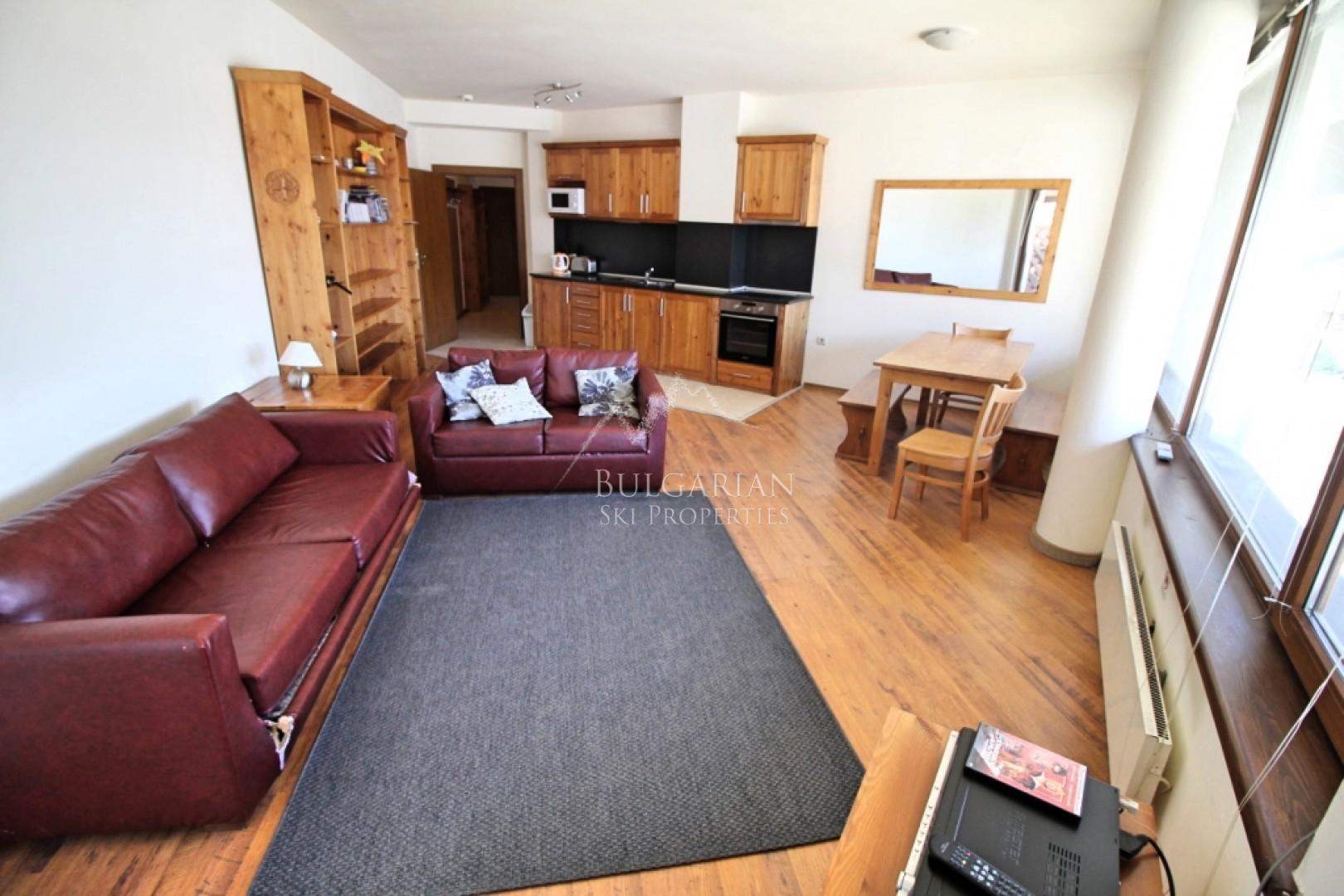 Bansko, Neon: spacious two-bedroom apartment for sale next to the ski lift