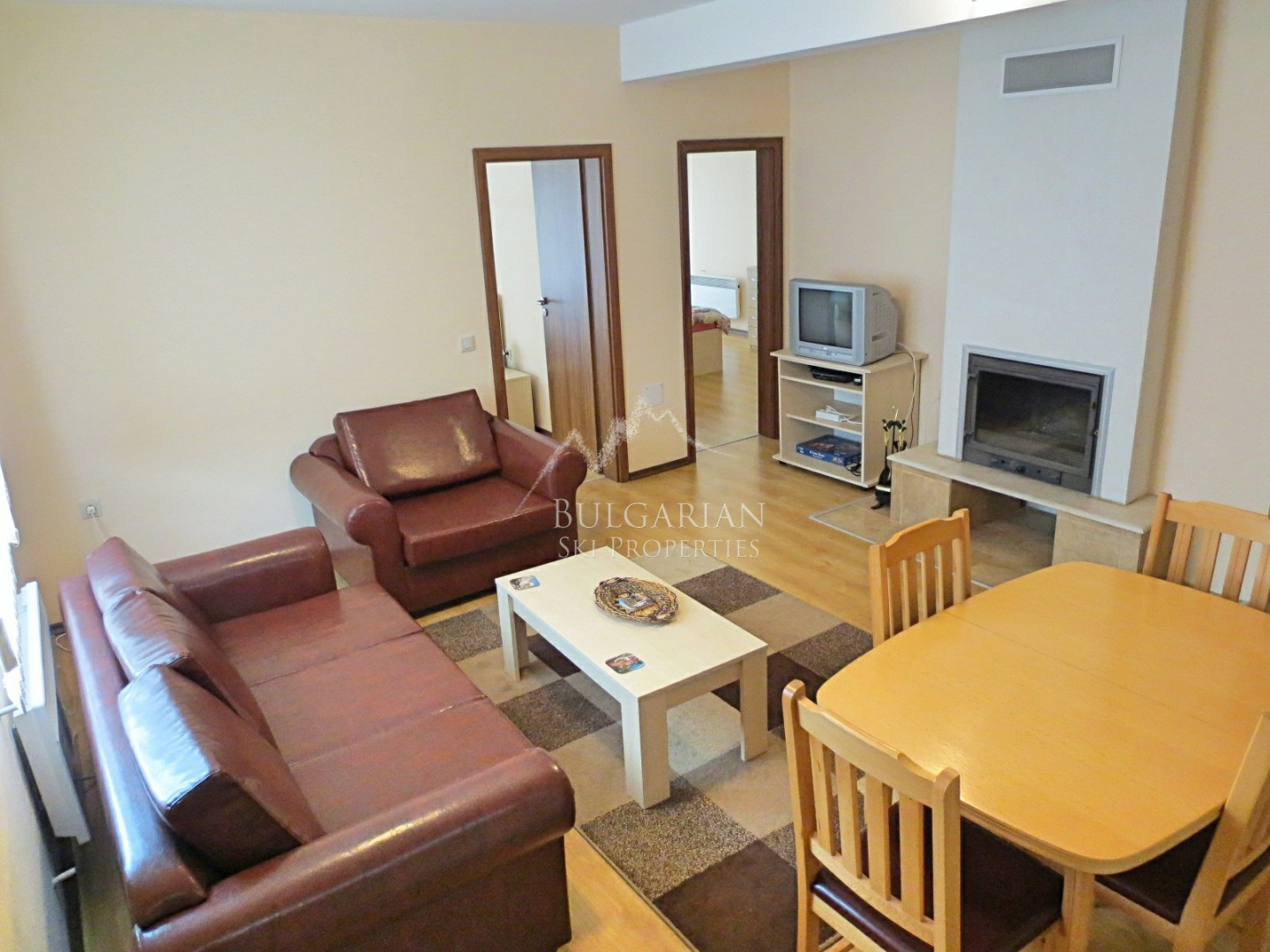 Spacious two-bedroom apartment for sale in Bansko
