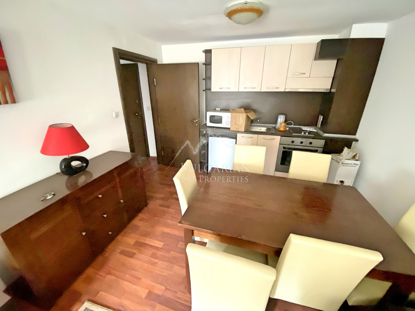 Furnished one-bedroom apartment for sale on bargain price in Bansko