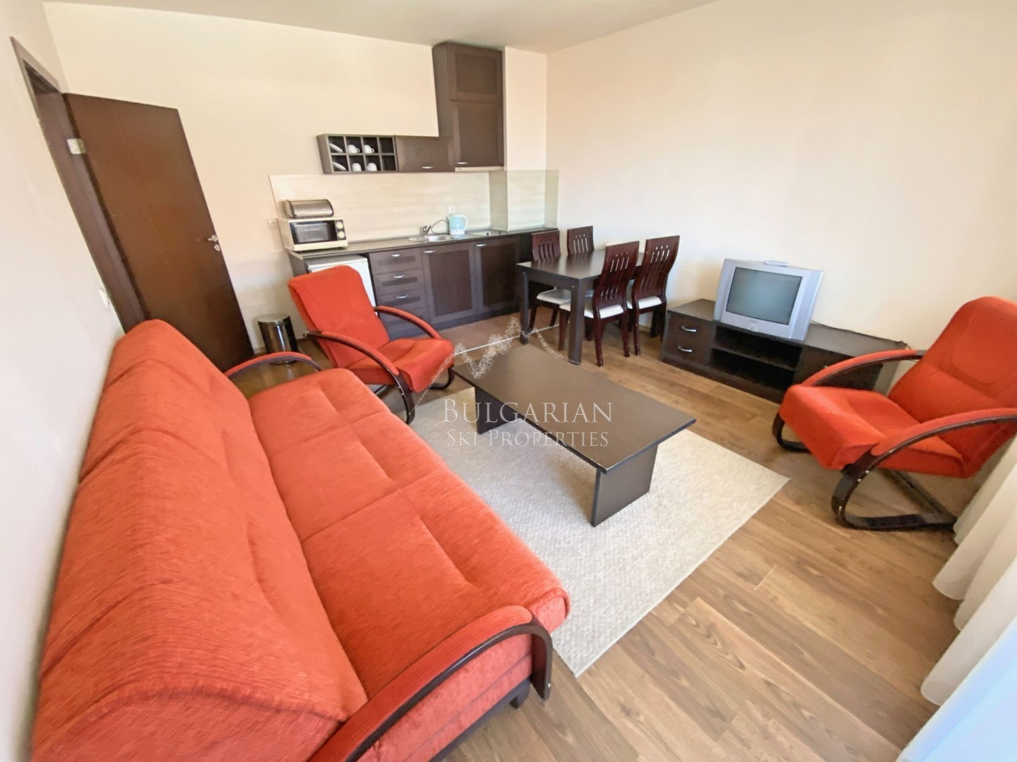 Bansko Royal Towers: one-bedroom apartment with nice view for sale