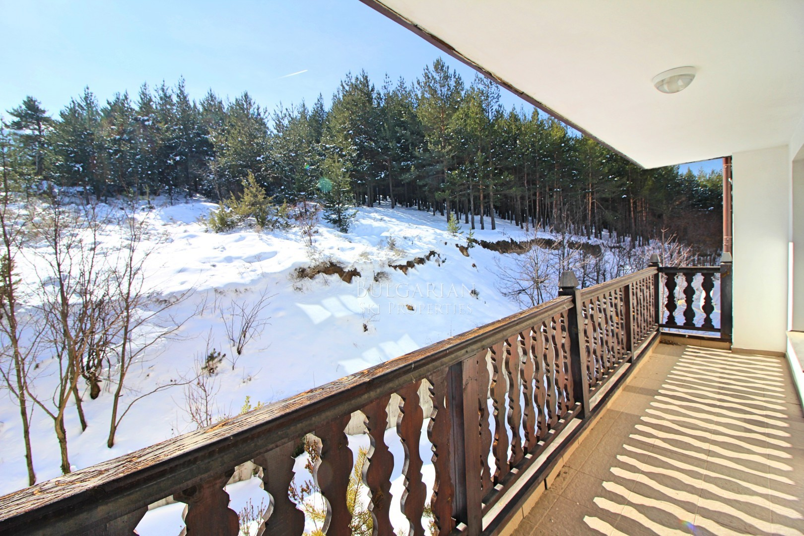 South facing bargain one-bedroom apartment for sale in Bansko