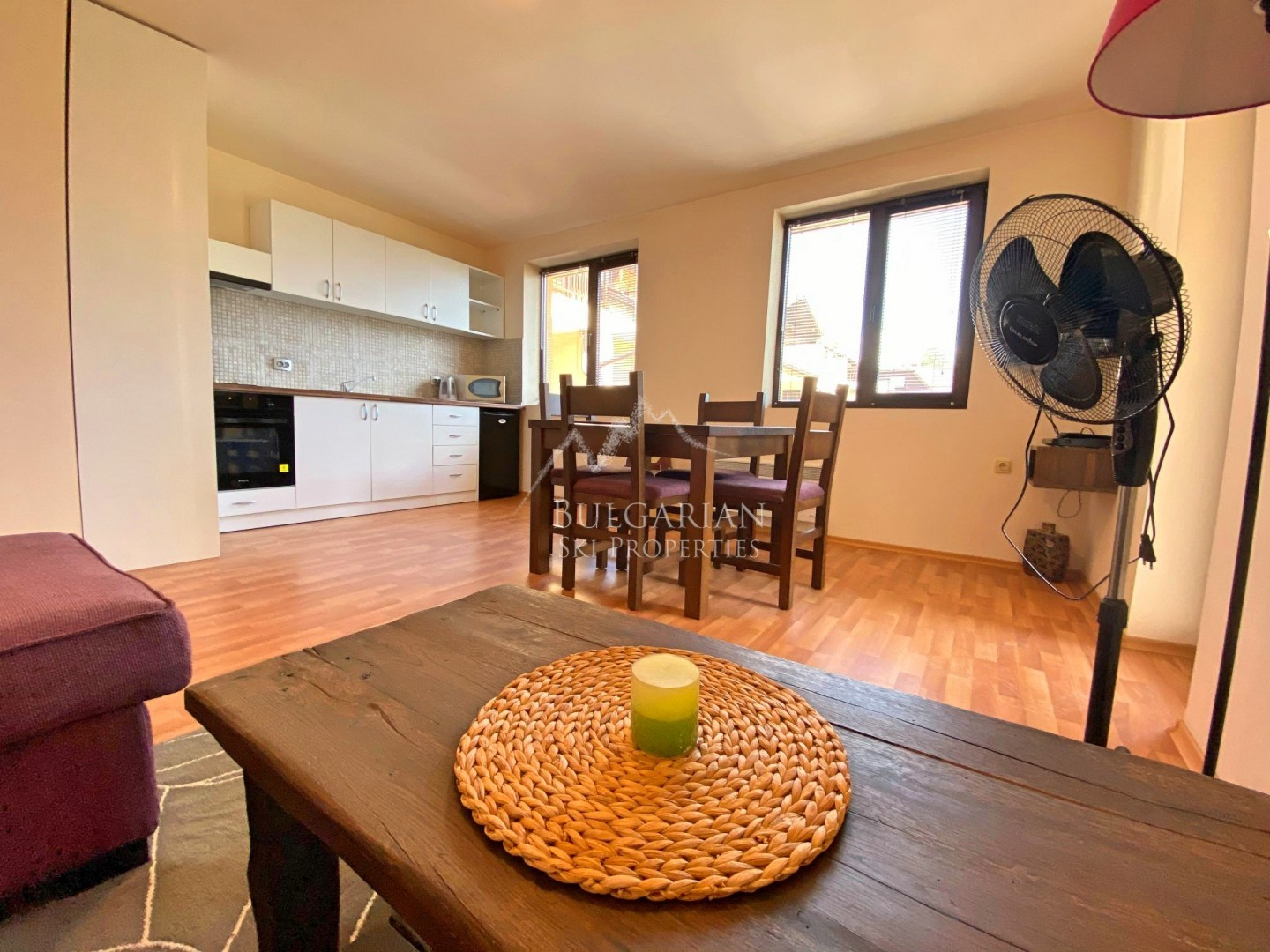 Bansko: stylishly two-bedroom apartment for sale in residential building