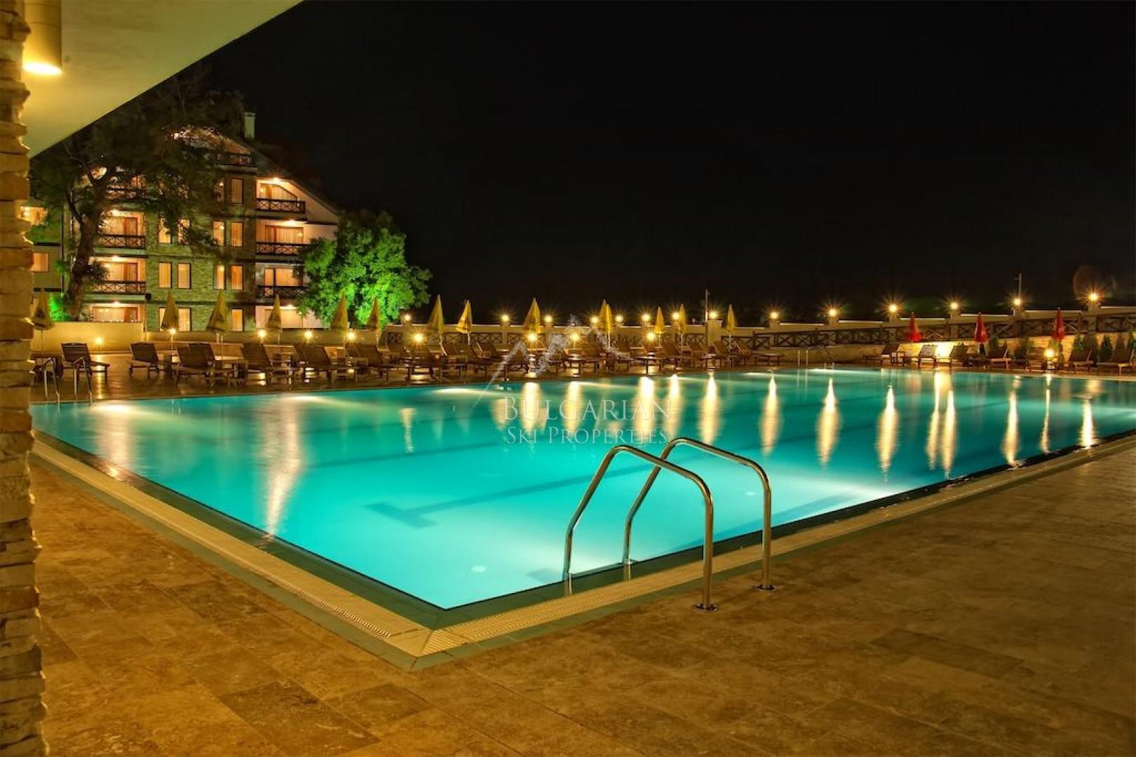 Bansko: stylishly furnished one-bedroom apartment for sale in Regnum Hotel