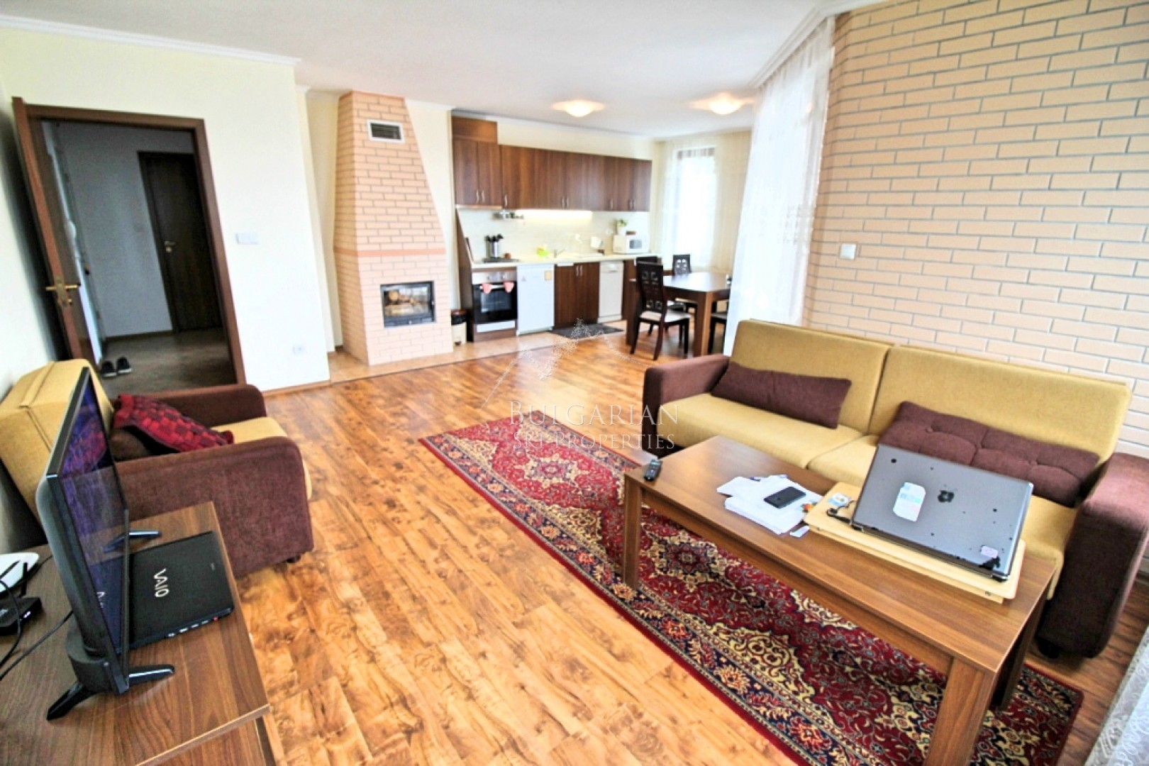 Bansko: spacious two-bedroom apartment for sale in Mountain Dream complex