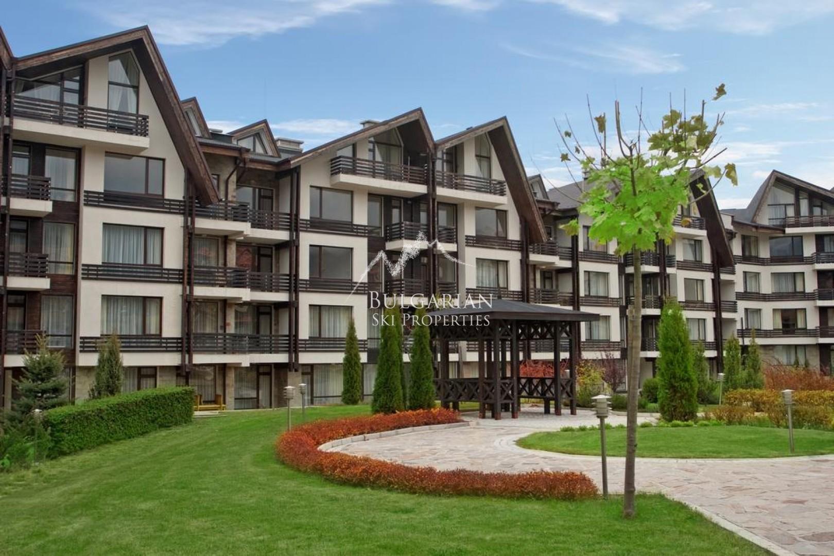 Аспен Голф: Тристаен апартамент с планинска гледка за продажба
