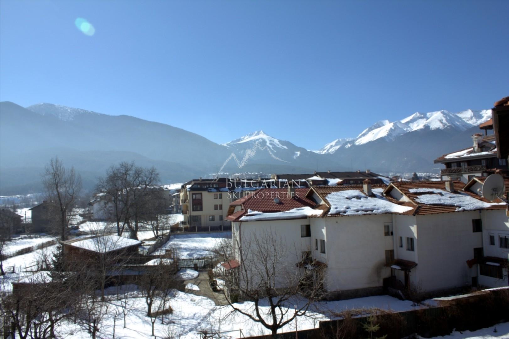 Bansko: furnished one-bedroom apartment for sale in Bojurland Complex