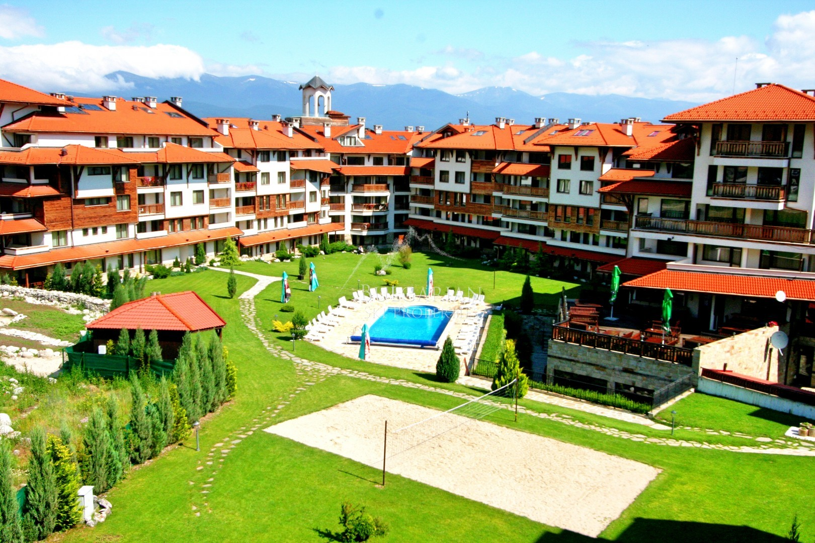 Bansko: spacious apartment for sale in Bansko Royal Towers
