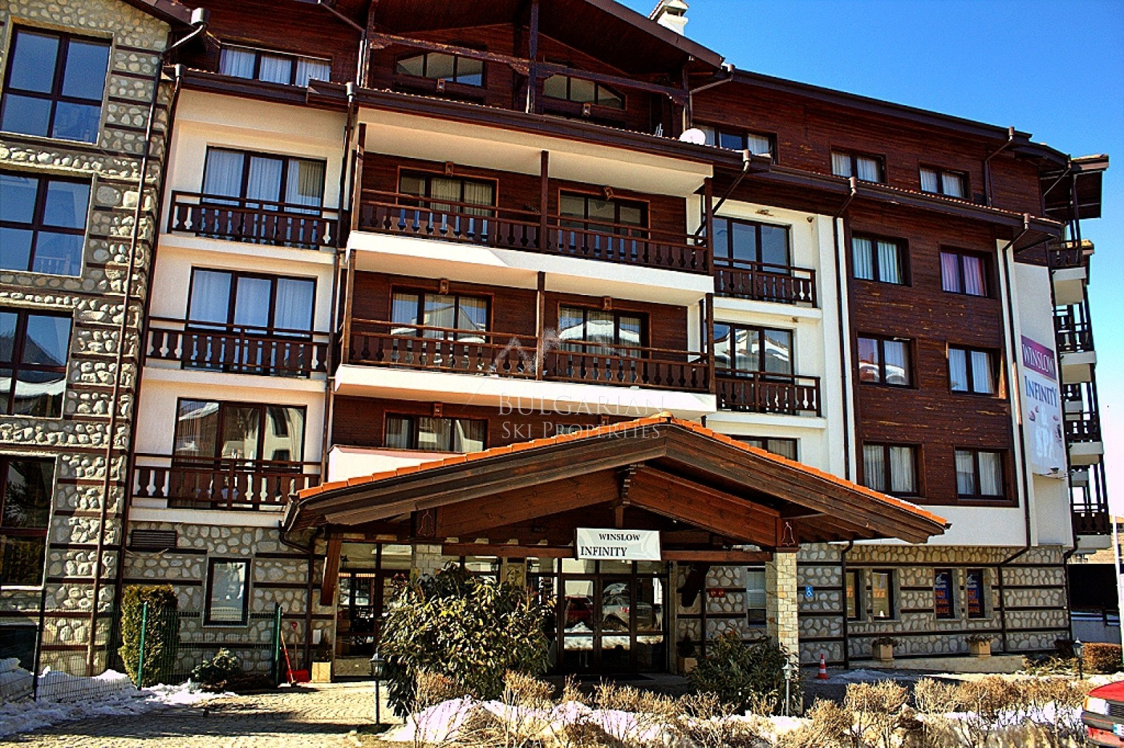 Bansko: modern furnished studio for sale in Winslow Infinity & Spa