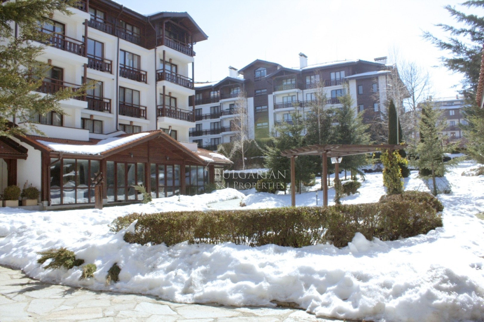 Bansko: furnished apartment with three bedrooms for sale