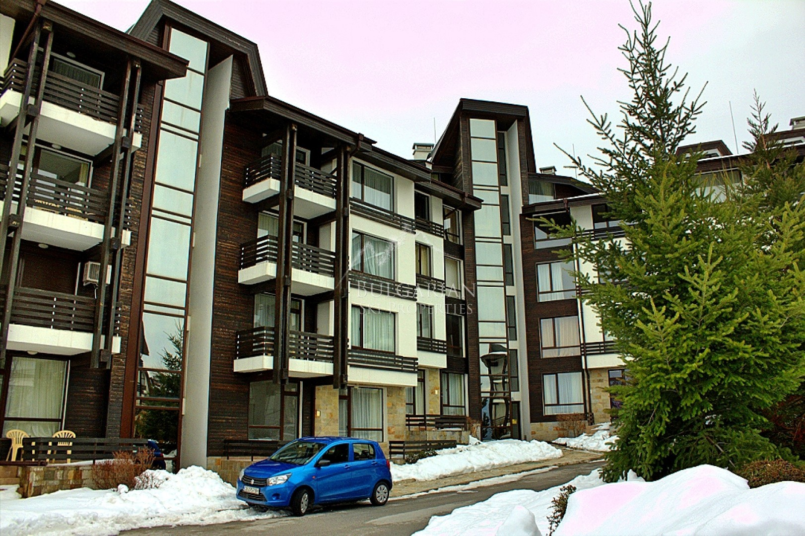 Spacious studio for sale in Aspen Golf Complex near Bansko