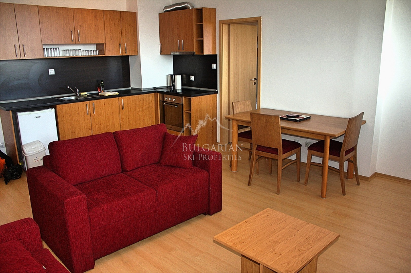 Spacious two-bedroom apartment for sale next to the Park of Bansko