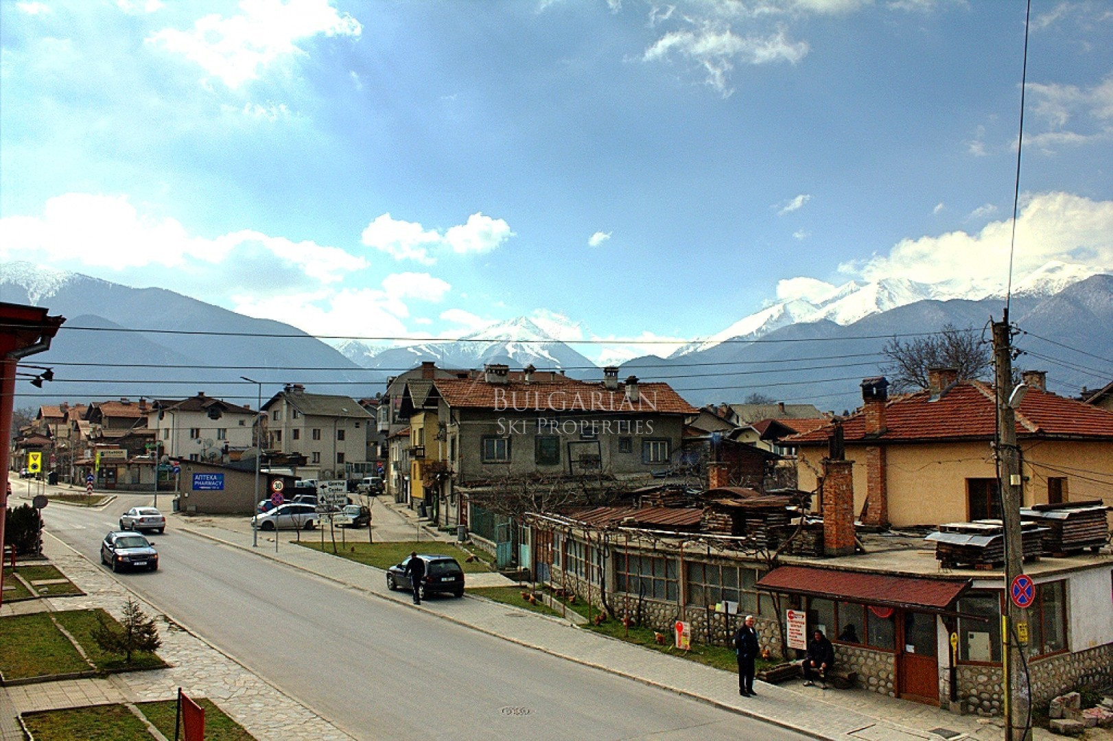 Bansko: furnished two-bedroom apartment next to the town center