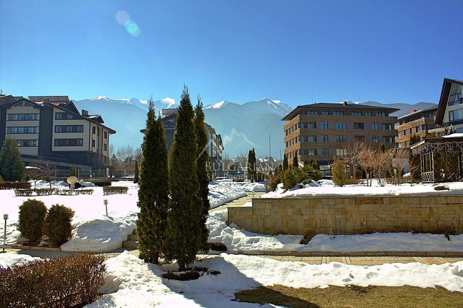 Aspen Golf Complex, Bansko: furnished two-bedroom apartment for sale