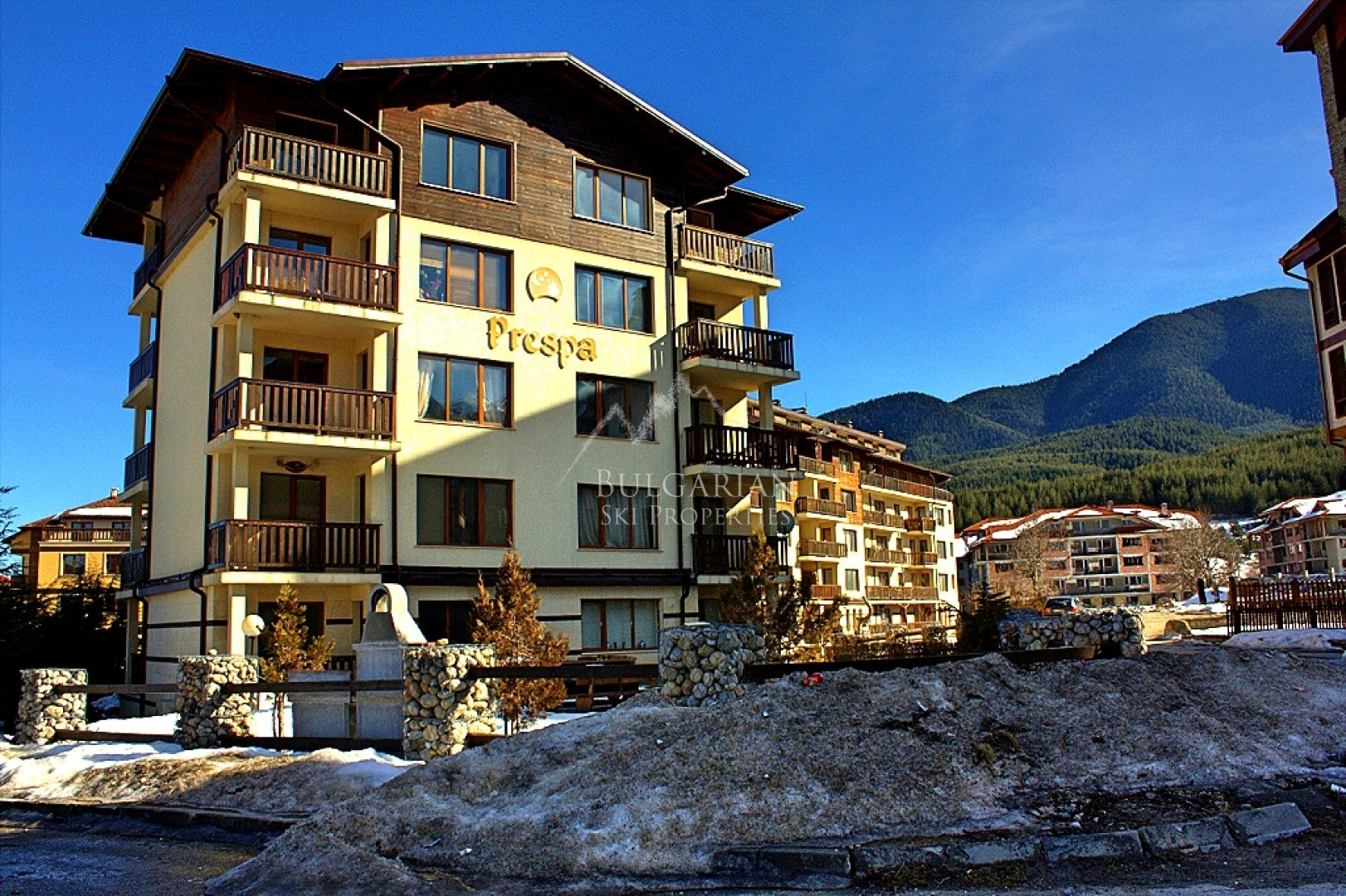 Bansko: Panoramic two-bedroom apartment  for sale in Prespa
