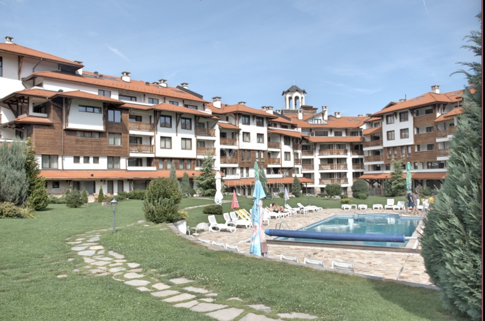 Bansko: stylish furnished one bedroom apartment for sale in Bansko Royal Towers